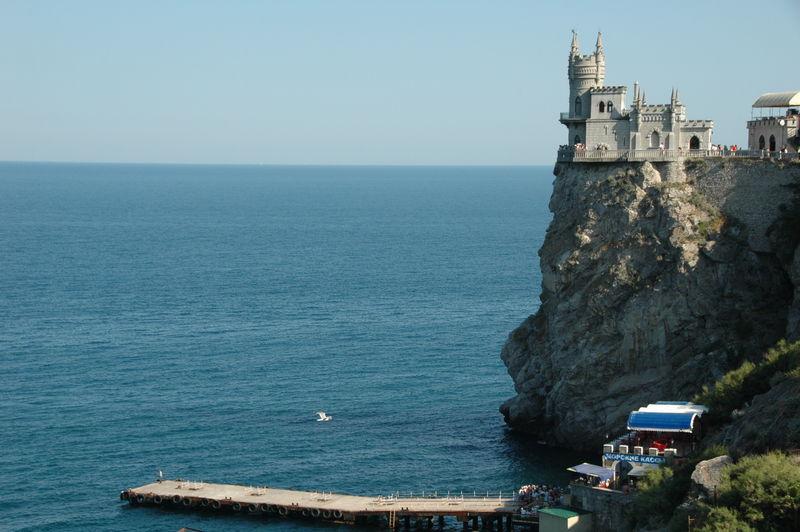Ласточкино гнездо: отдых в Крыму